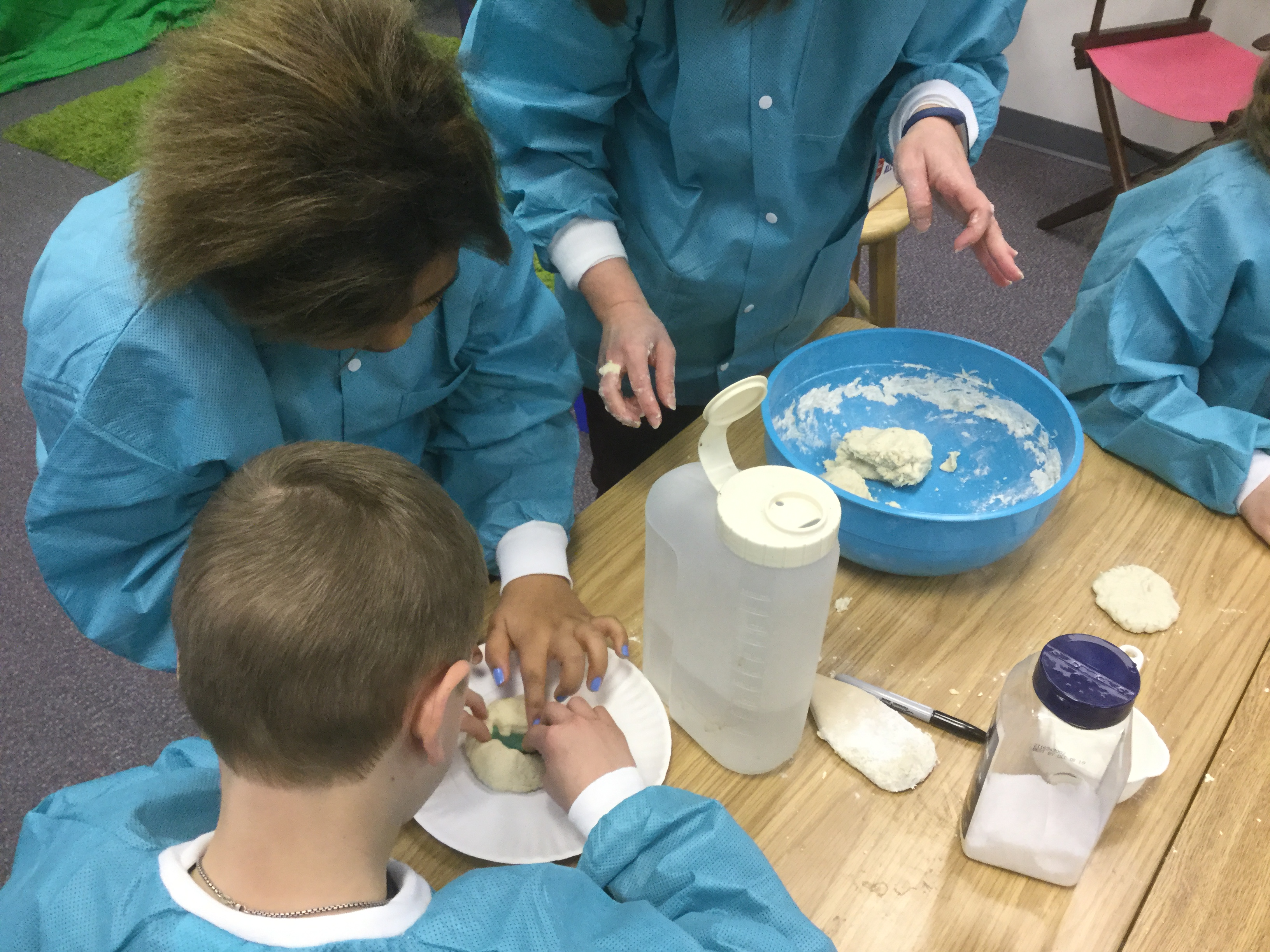 Young Scientists Explore Fossils