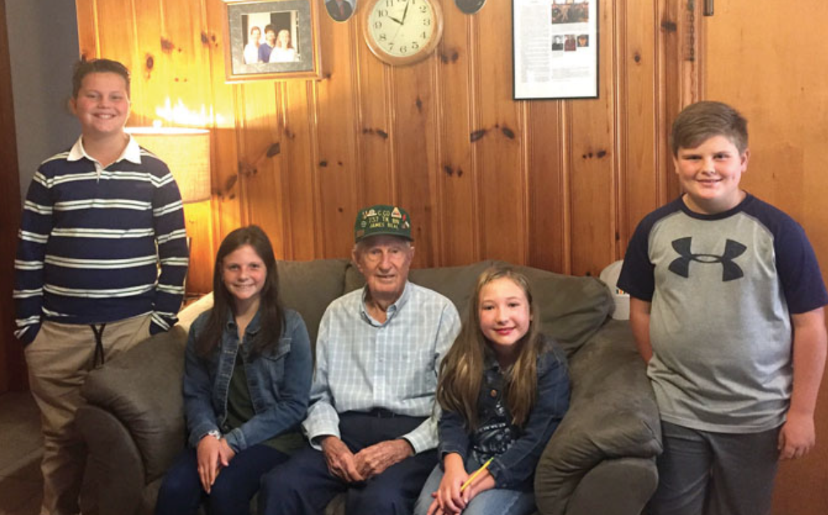 Faith Elementary Students with WW2 Veteran